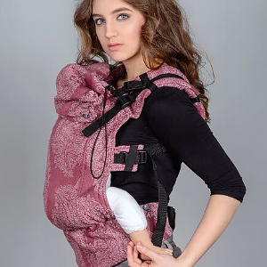 Buckle Baby Carrier: Hood and Headrest
